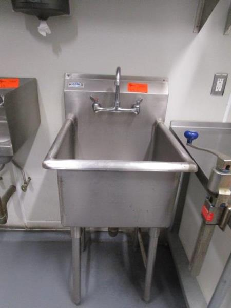 "Deep Well Veggie Sink, 21"" by GSW"