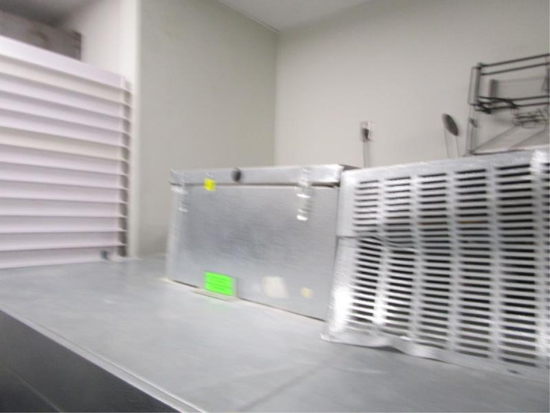 """Walk In Cooler by Norlake, Approx. 10' x 91""""t x 6'w, Drop In Compressor, Cut Out In Rear For - Image 4 of 13"""