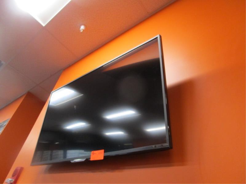 Sharp Flat Panel TV, Model: LC-55UB3OUB, Liquid Crystal Display