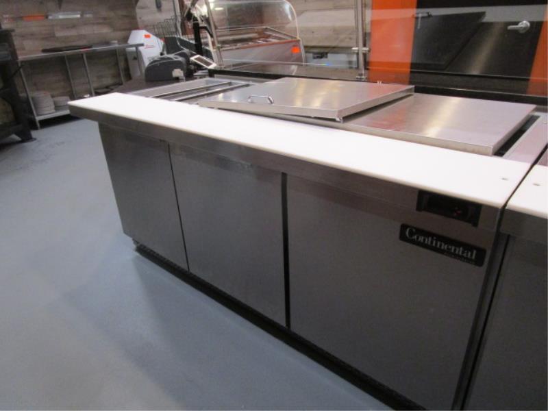 Continental Pizza or Sandwich Prep Unit, Model: SW72, SN: 15758737