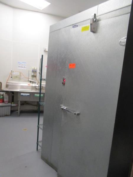 """Walk In Cooler by Norlake, Approx. 10' x 91""""t x 6'w, Drop In Compressor, Cut Out In Rear For - Image 5 of 13"""