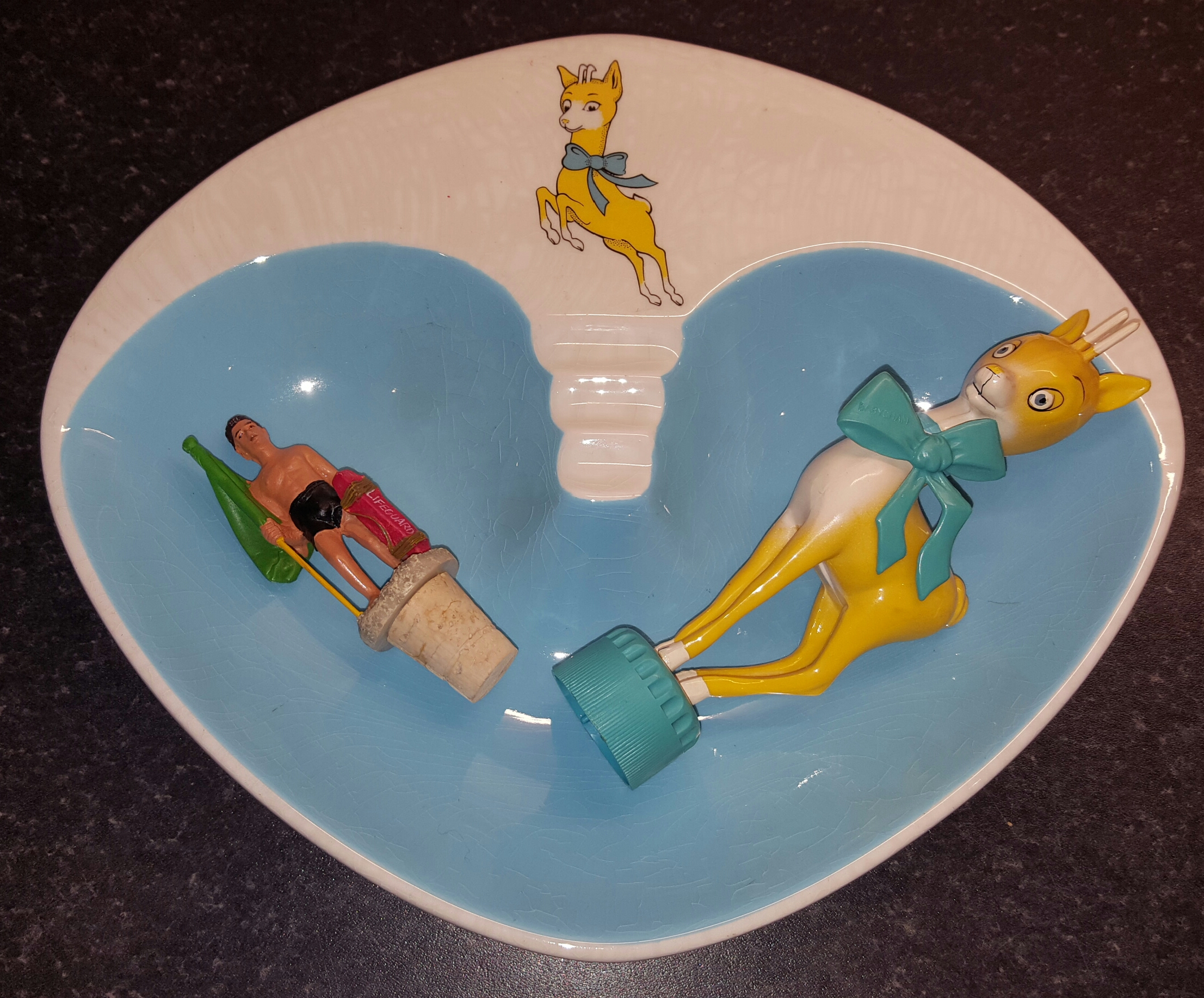 Lot 54 - Babycham Items