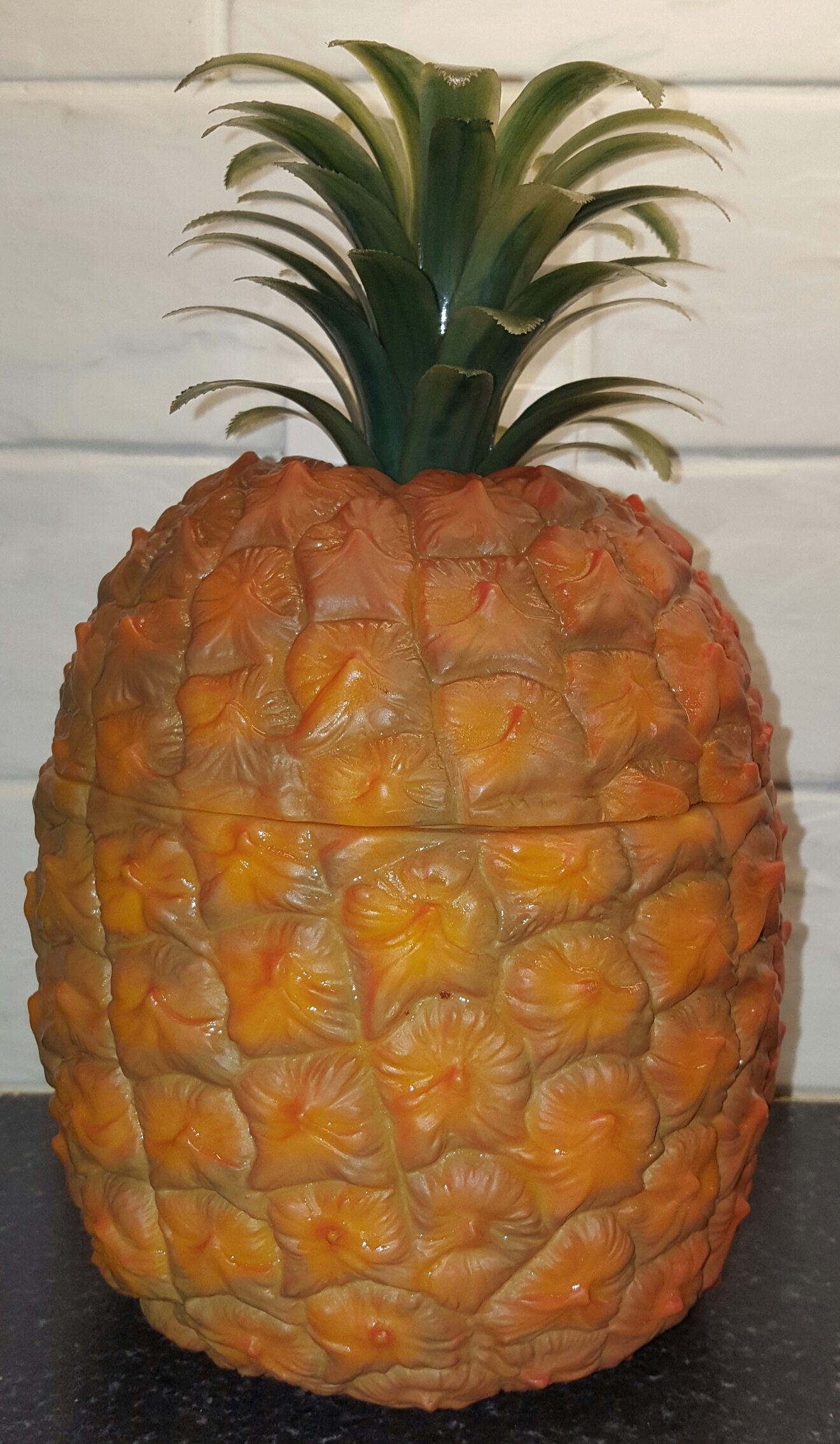 Lot 53 - Vintage Retro Kitsch Pineapple Ice Bucket