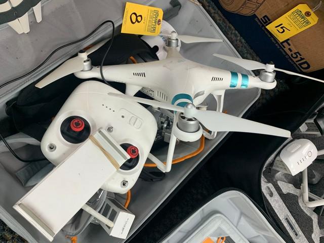 PHANTOM STANDARD DRONE WITH G358WA REMOTE CONTROL - Image 2 of 2