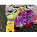 PAIR KYRIE IRVING 943806900 - MENS / SIZE 8.5