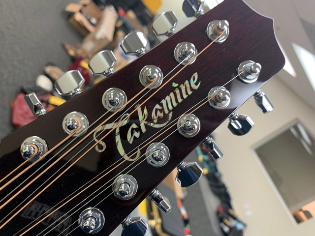 TAKAMINE JJ325SRC-12 12-STRING GUITAR - Image 8 of 8