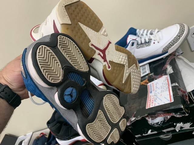 PAIR NIKE AIR JORDAN - ASSORTED STYLES - YOUTH / SIZE 6-7 - Image 7 of 7