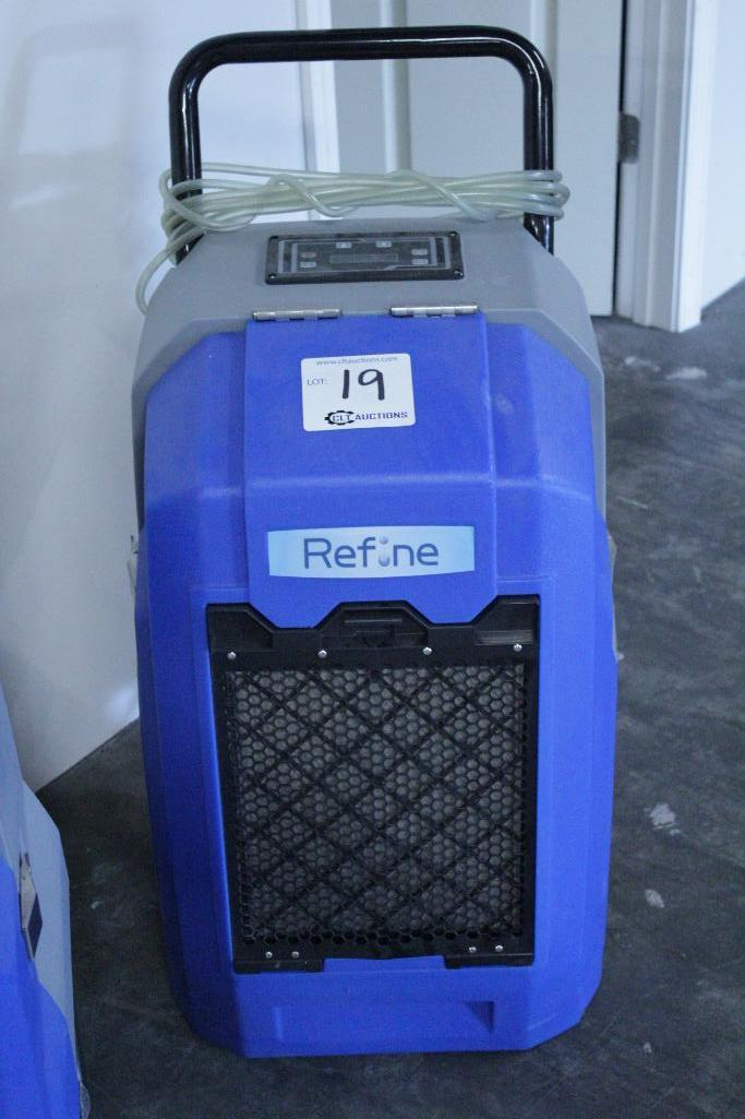 Lot 19 - Refine Renegade XD70 dehumidifier