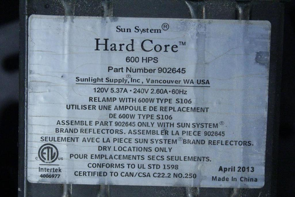 Lot 1 - Sun System ballast w/ reflectors & bulb SLS-CWA-HPS600A / 2T