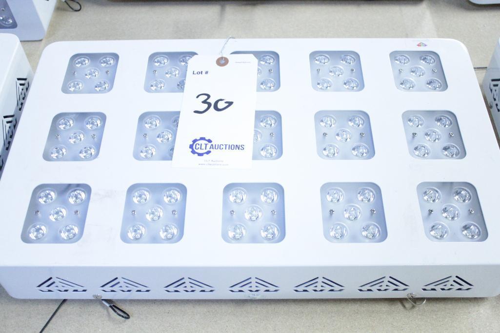 Lot 30 - Advanced led lights diamond series 300w LED grow light