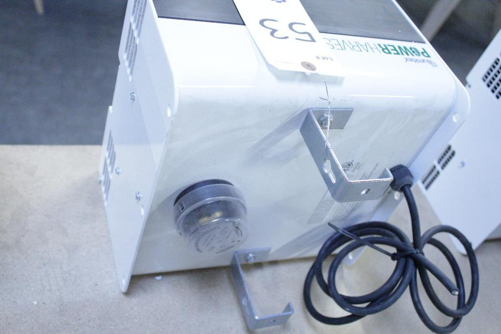 Lot 53 - Illumitex Power Harvest LED Grow Light