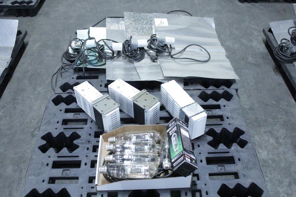 Lot 6 - Sun System ballast w/ reflectors & bulb SLS-CWA-HPS600A / 2T