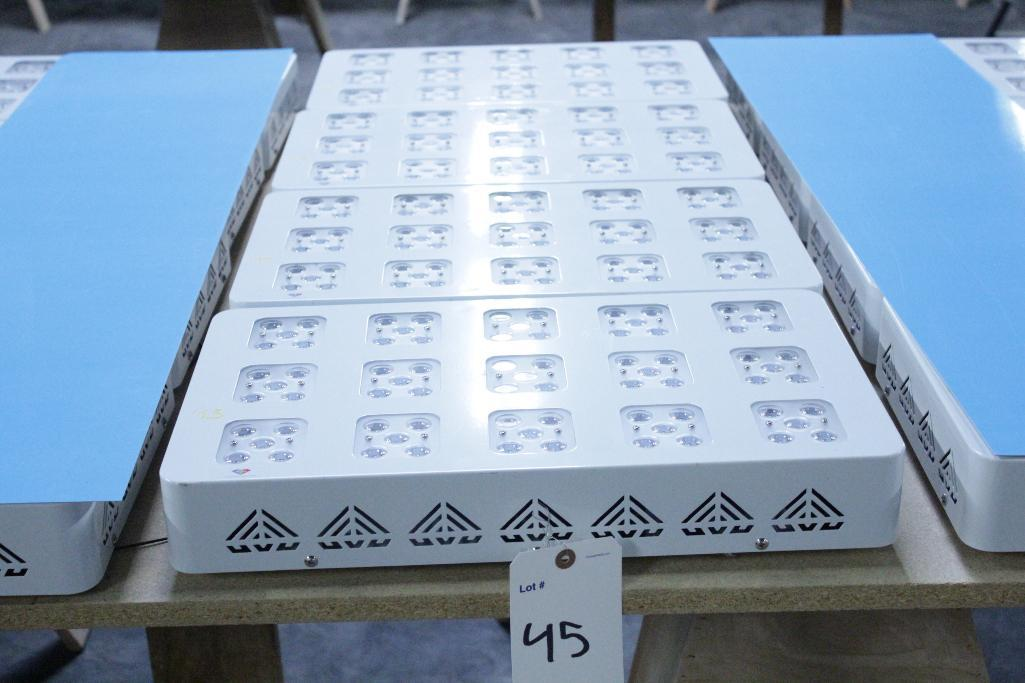 Lot 45 - Advanced led lights diamond series 300w LED grow light