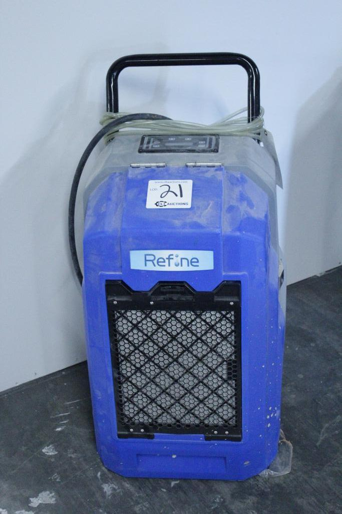 Lot 21 - Refine Renegade XD70 dehumidifier