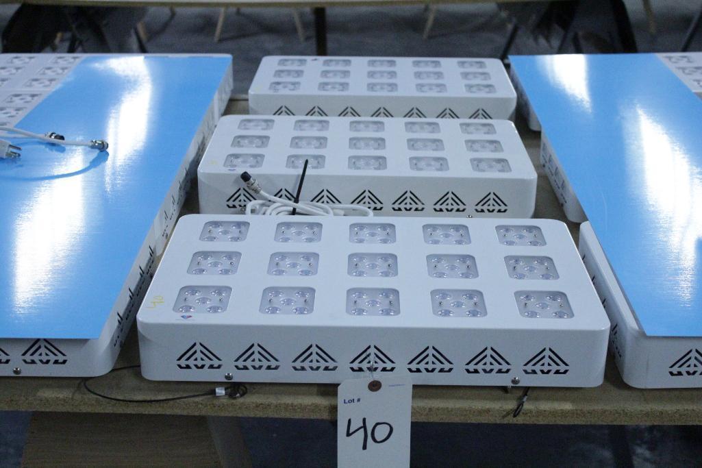 Lot 40 - Advanced led lights diamond series 300w LED grow light