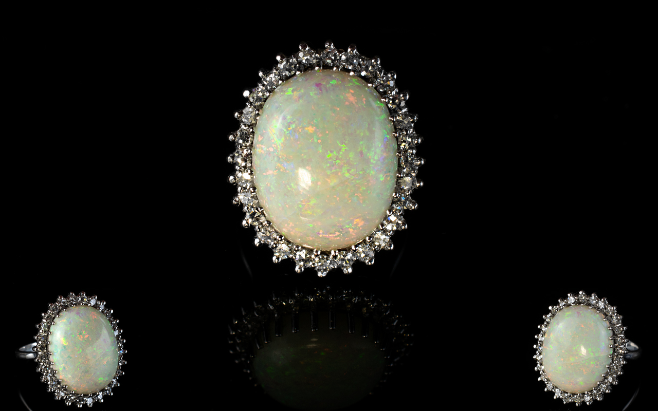 Lot 9 - Ladies 18ct White Gold Impressive Opal a