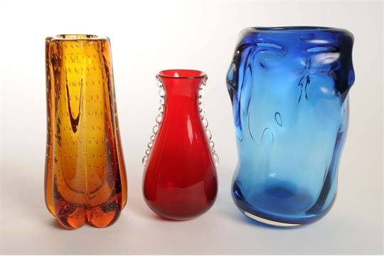 A Group Of Three Whitefriars Glass Vases To Include Knobbly Range