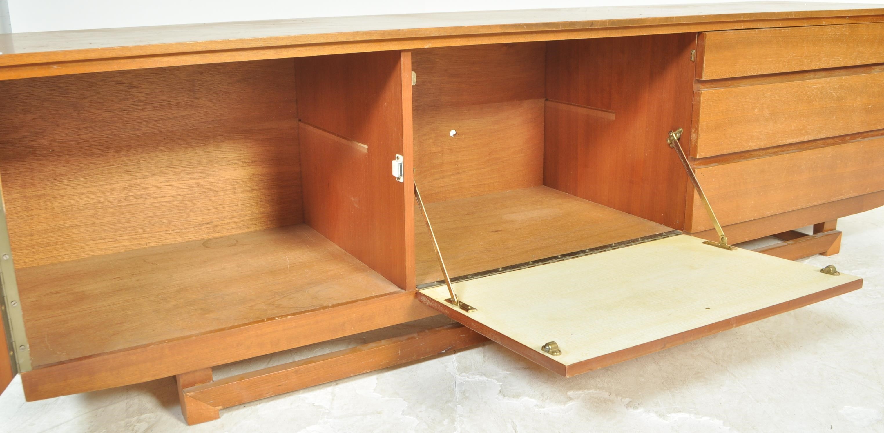 Lot 53 - MID CENTURY TEAK WOOD AND COPPER DANISH SIDEBOARD CREDENZA