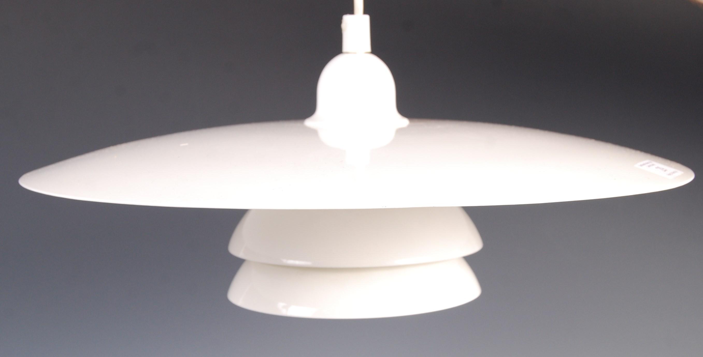 Lot 29 - 20TH CENTURY DANISH RETRO CEILING LAMP / LIGHT PENDANT FIXTURE