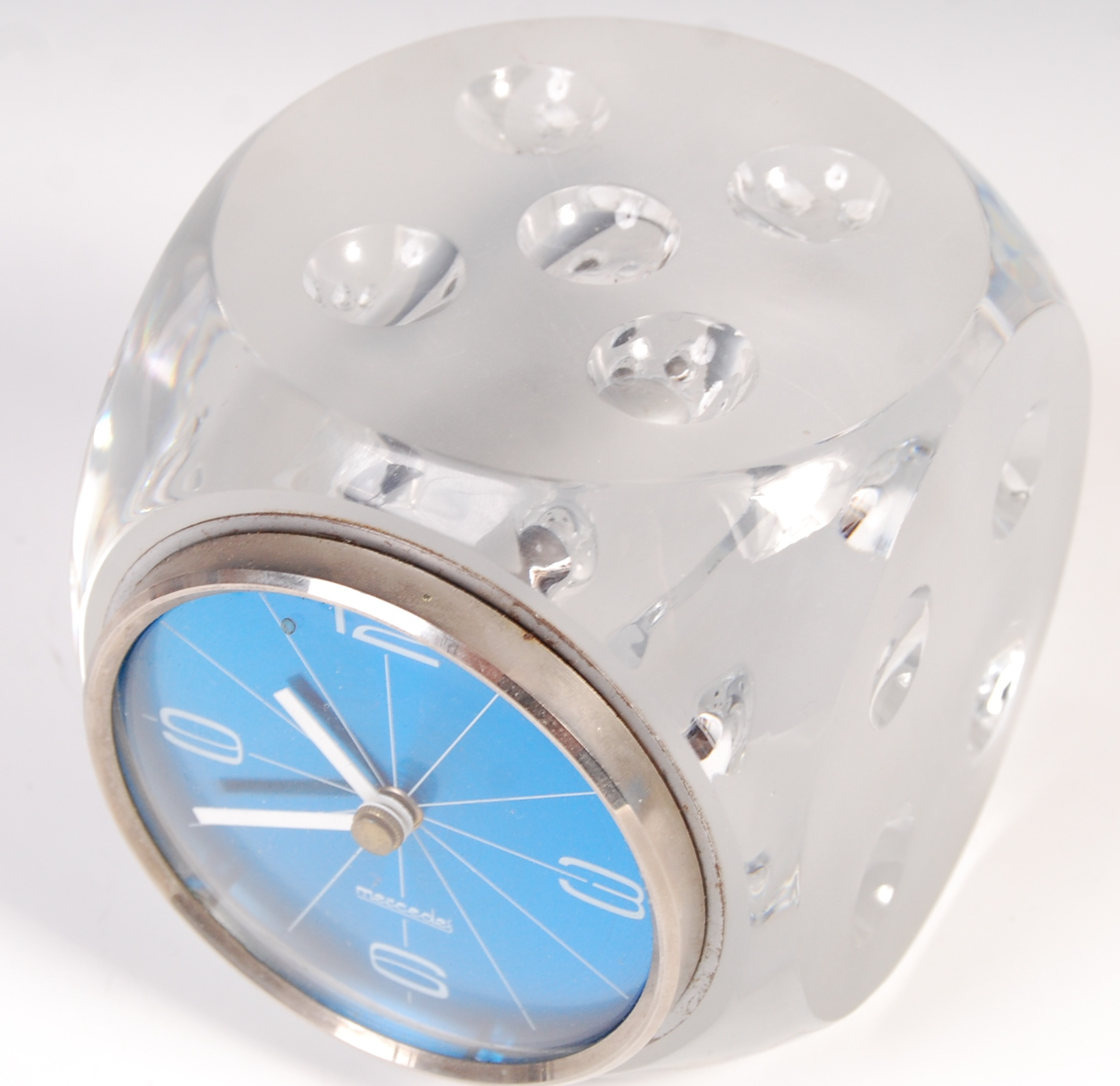 Lot 45 - MERCEDES VINTAGE TABLE / DESK CLOCK IN THE FORM OF A DICE