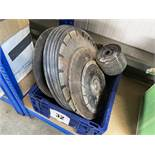 Quantity of cutting and grinding discs etc, to include diamond blades. *