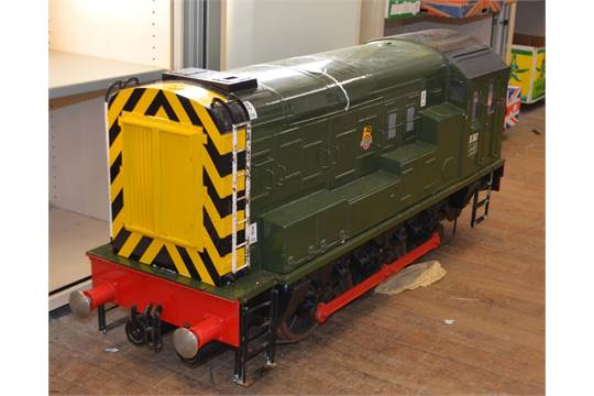 7 1/4 inch gauge  0-6-0 mechanical shunter  Fibreglass body  Fitted