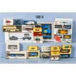 Konv. 30 H0 Modellfahrzeuge, Pkw, Transporter usw., Kunststoff- und Metallausf., versch. Hersteller,