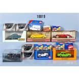 Konv. 17 Modellfahrzeuge, dabei Pkw, Oldtimer usw., Metallausf., M 1:43 bis 1:90, versch.
