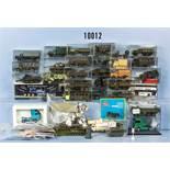 Konv. Verschiedenes H0, dabei ca. 40 Militärfahrzeuge sowie Wiking Zubehör wie Verkehrszeichen,