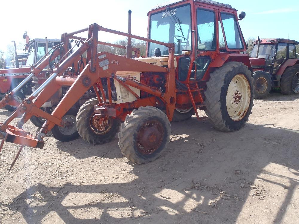 belarus 572 4wd tractor with loader no v5