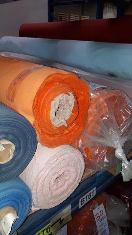 Lot 25 - Fabric bounty set assorted colors (9 rolls)