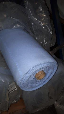 Lot 44 - Fabric blue knit (4 rolls)