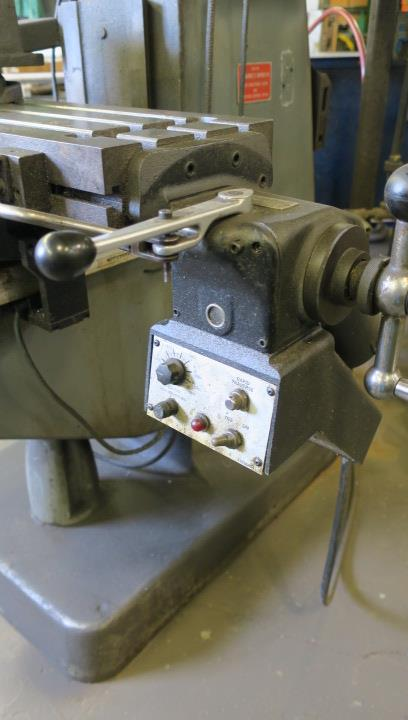 "VERTICAL MILLING MACHINE, BRIDGEPORT MDL. 2J, 9"" x 42"" table, variable spd. head, spds: 60-4200 RPM, - Image 3 of 4"