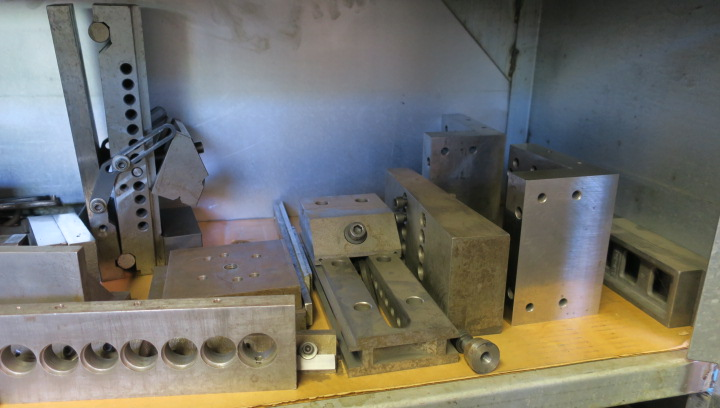 LOT CONSISTING OF: assorted grinding accessories, drill grinder & punch grinder, including precision - Image 5 of 8