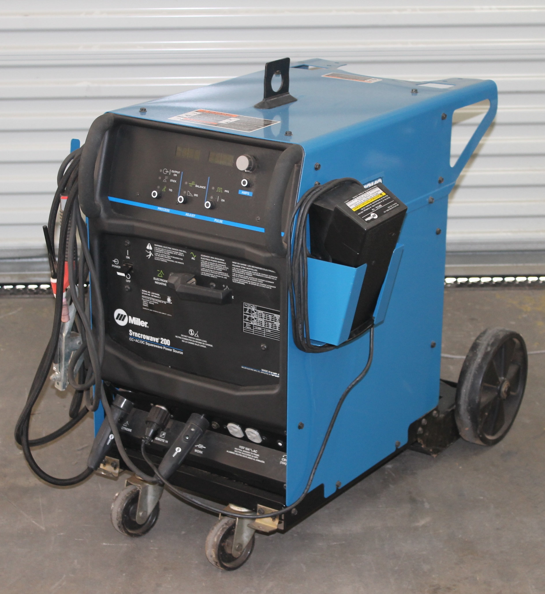 Miller Syncrowave 200 Tig  Stick Welder  Model  Syncrowave 200  Input Power  208