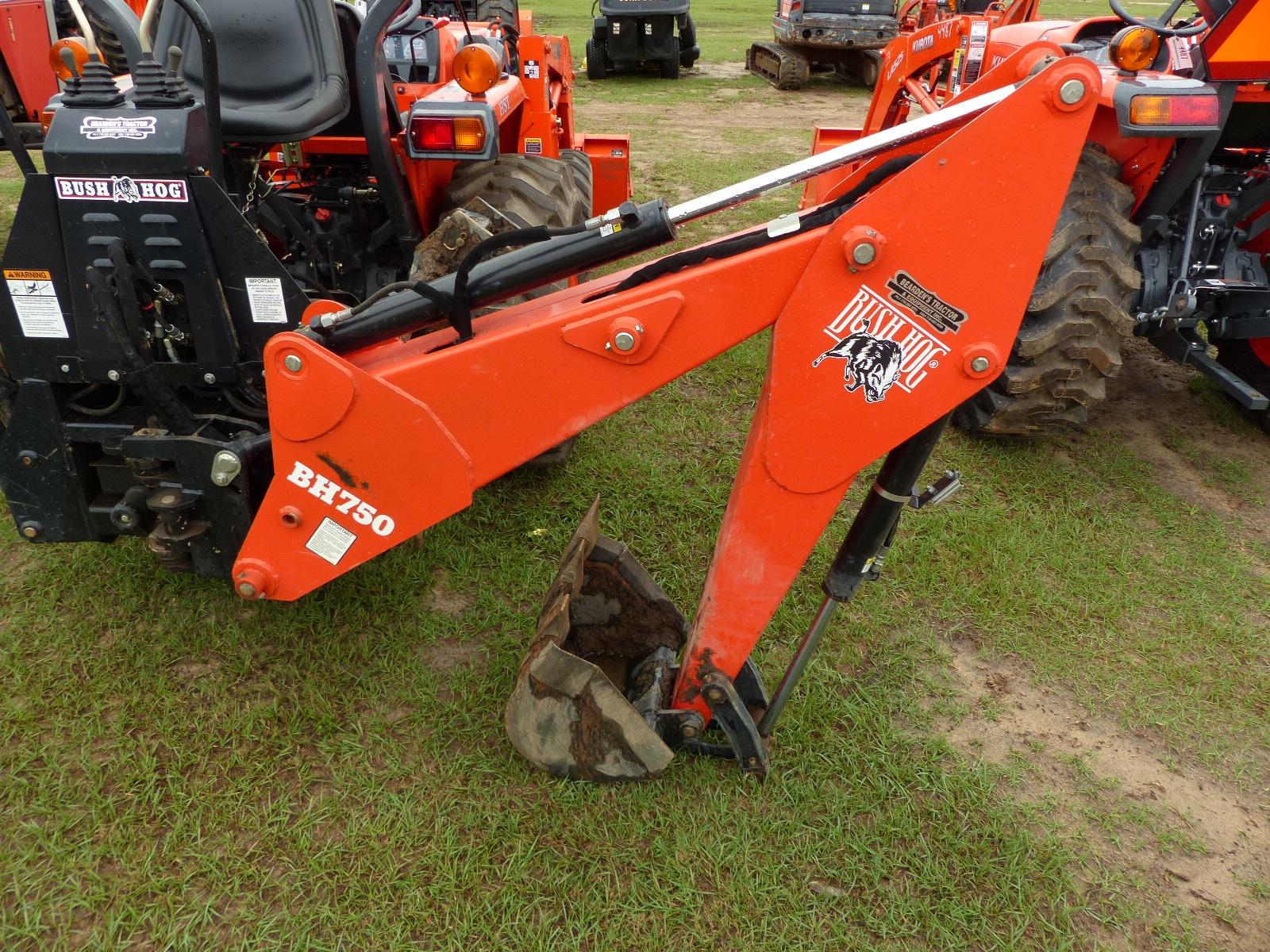 L3400 Kubota Tractor W Loader : Id kubota l tractor wd open w la loader
