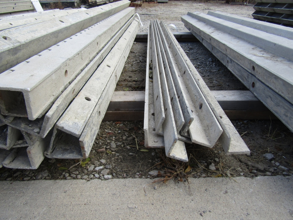 (8) 8' Durand Concrete Forms Angles, Smooth 6-12 Hole Pattern, Located in Mt. Pleasant, IA - Image 2 of 2