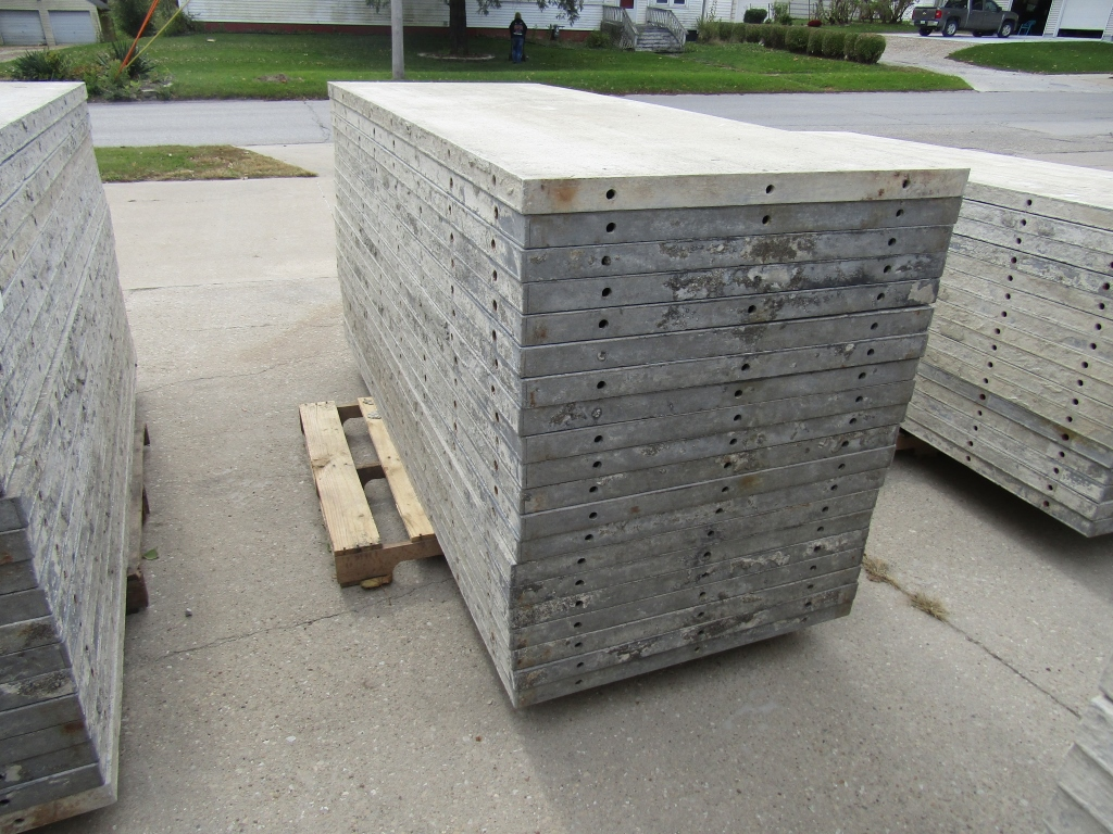 "(20) 36"" x 8' Durand Concrete Forms, Smooth 6-12 Hole Pattern, Attached Hardware, Located in Mt. - Image 2 of 4"