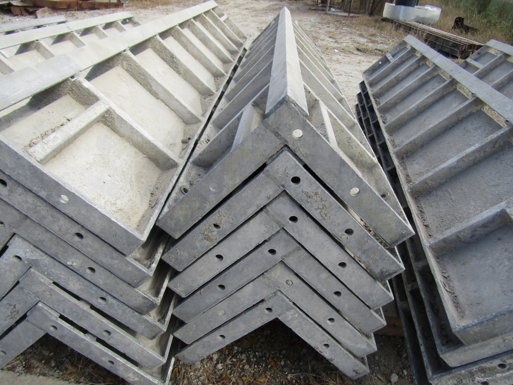 """(6) 12"""" x 12"""" x 8' Durand Concrete Forms Corners, Smooth 6-12 Hole Pattern, Located in Mt. Pleasant, - Image 2 of 2"""