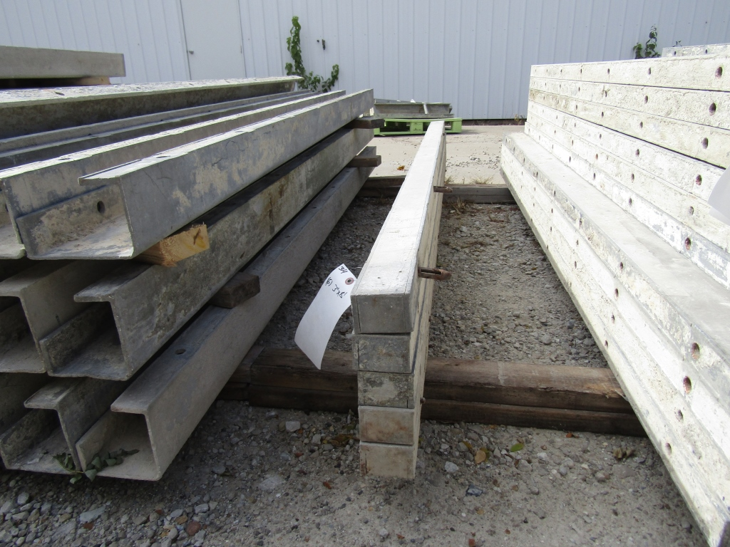 """(5) 3"""" x 8' Durand Concrete Forms, Smooth 6-12 Hole Pattern , Located in Mt. Pleasant, IA"""