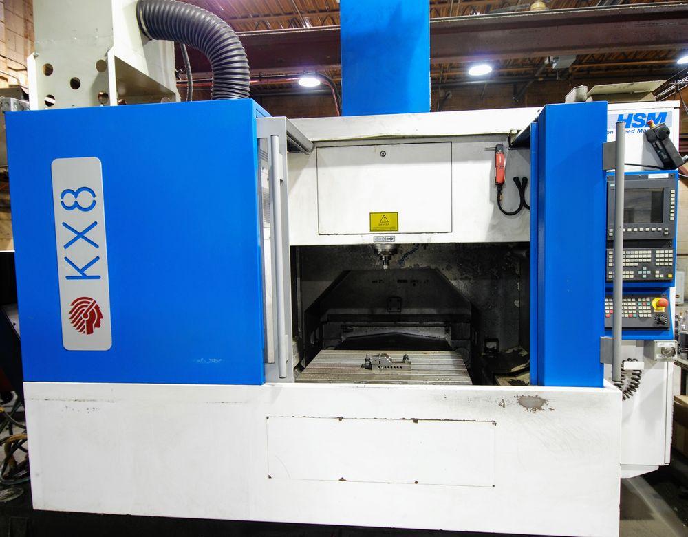 "Lot 18 - 2002 HURON KX8 CNC Vertical Machining Center, s/n B01262, 24"" x 32"" Table, Siemens CNC Control,"