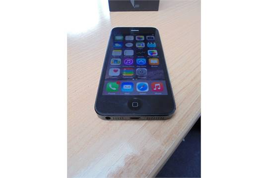 Apple Iphone 5 Mpn Md297ba 16gb Black Slate With Original