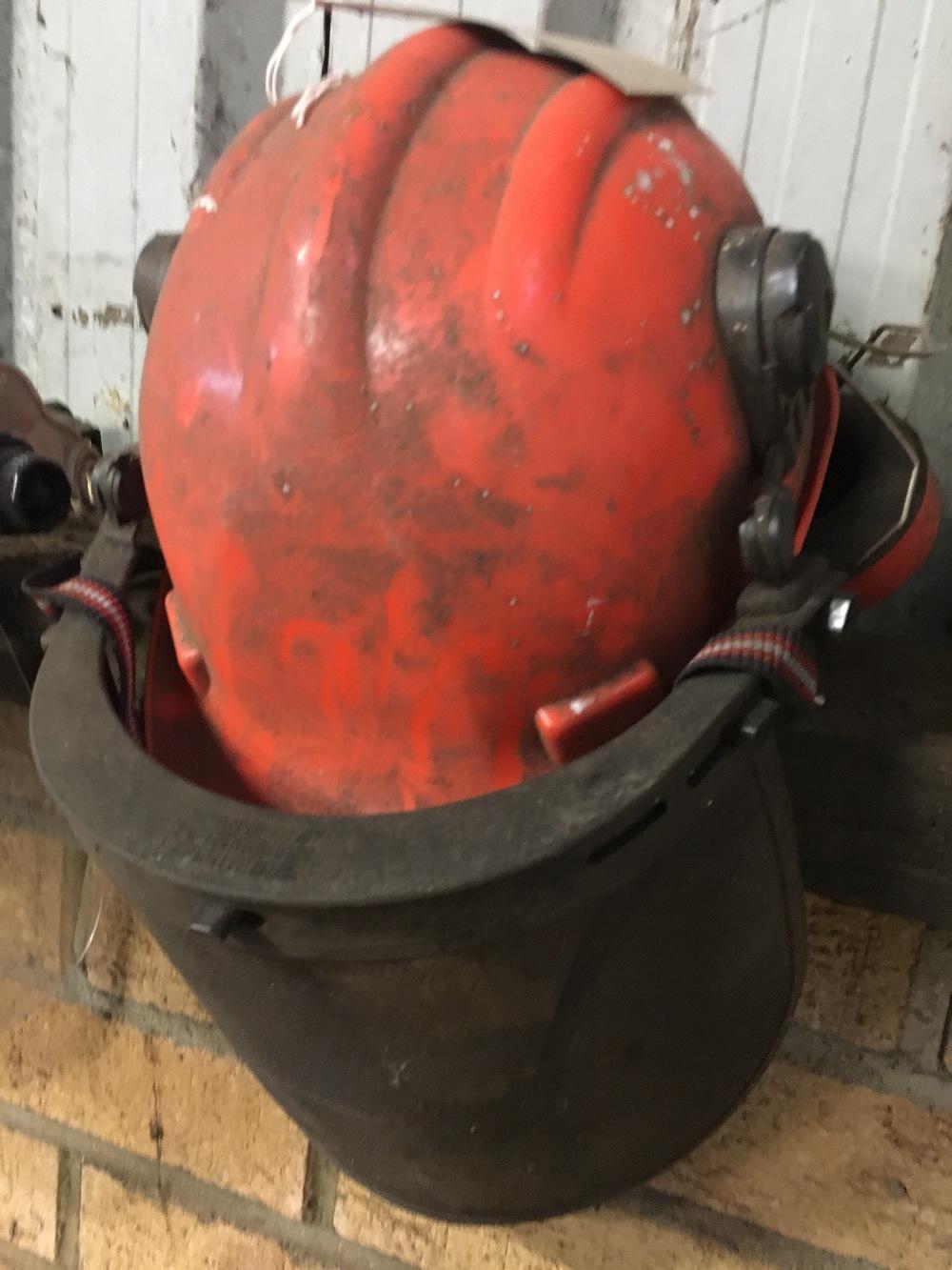 Lot 47 - Auto Welding Helmet