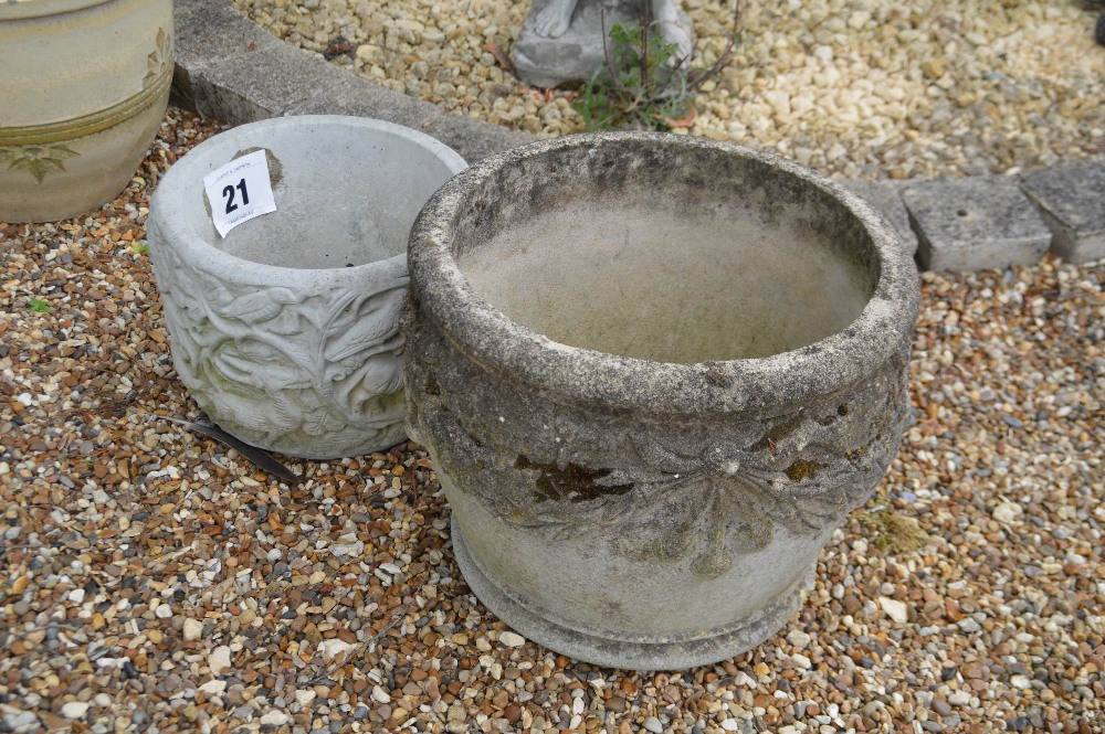 Lot 21 - 2x pre-cast planters, one 22cm and one 32cm