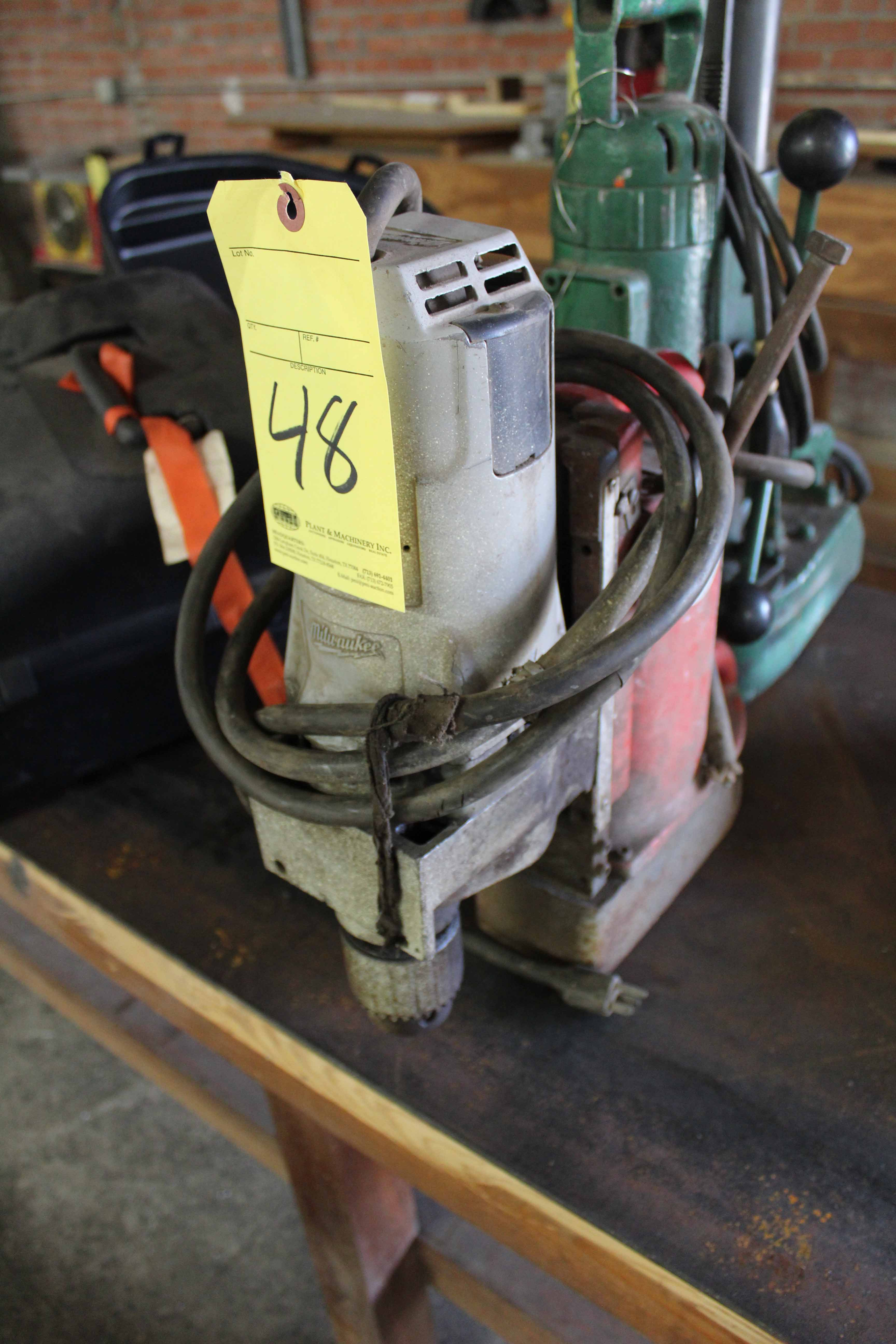 Lot 48 - MAGNETIC BASE DRILL, MILWAUKEE
