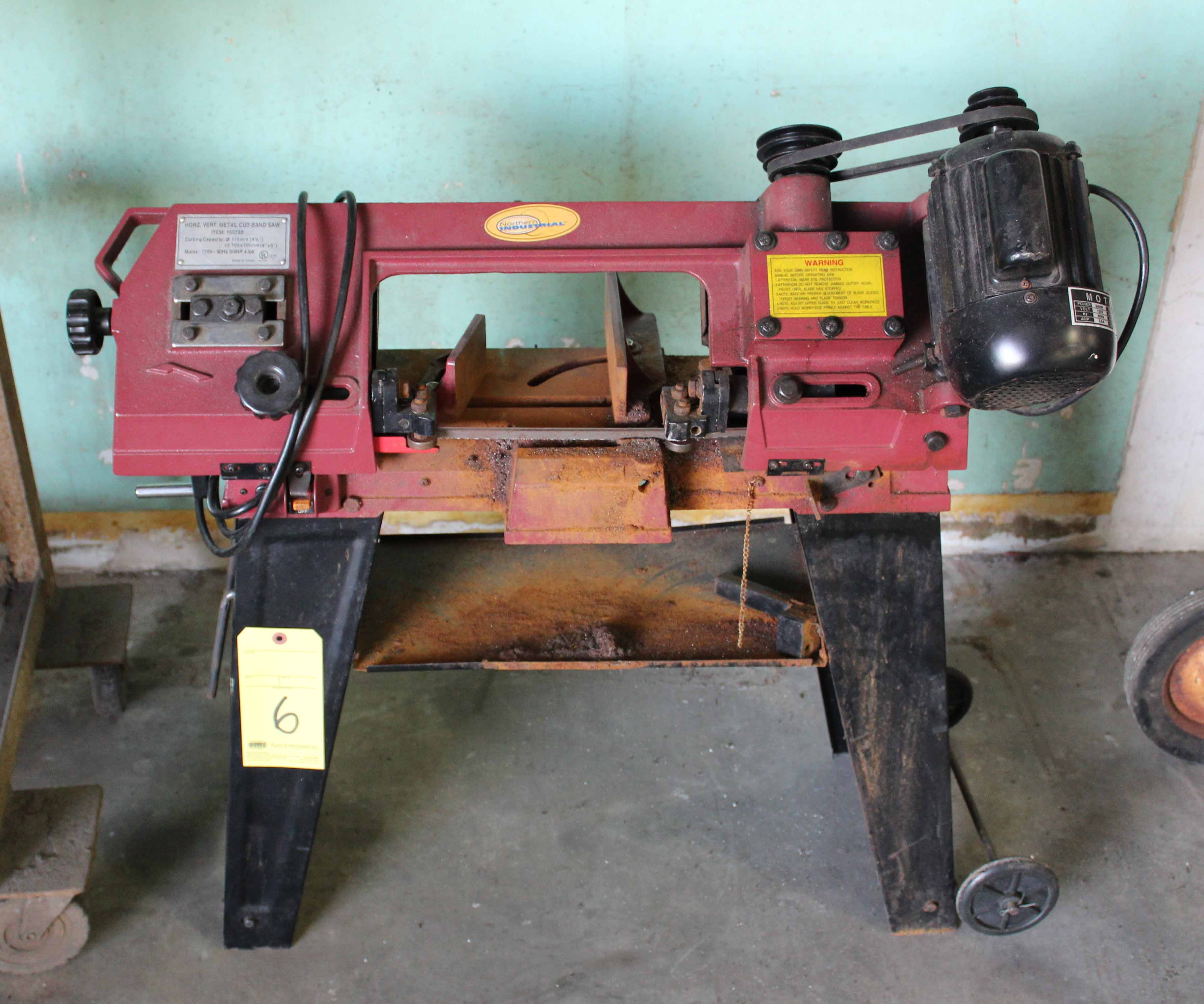 """Lot 6 - VERTICAL/HORIZONTAL METAL CUTTING BANDSAW, NORTHERN INDUSTRIAL 4-1/2"""", on portable stand"""