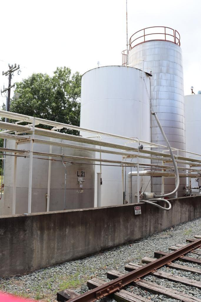 30,000 gallon heated, jacketed tank & 5880g stainless tank - Image 9 of 9