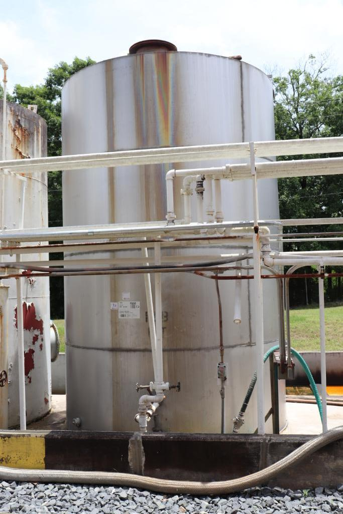 8000 gallon stainless steel tank
