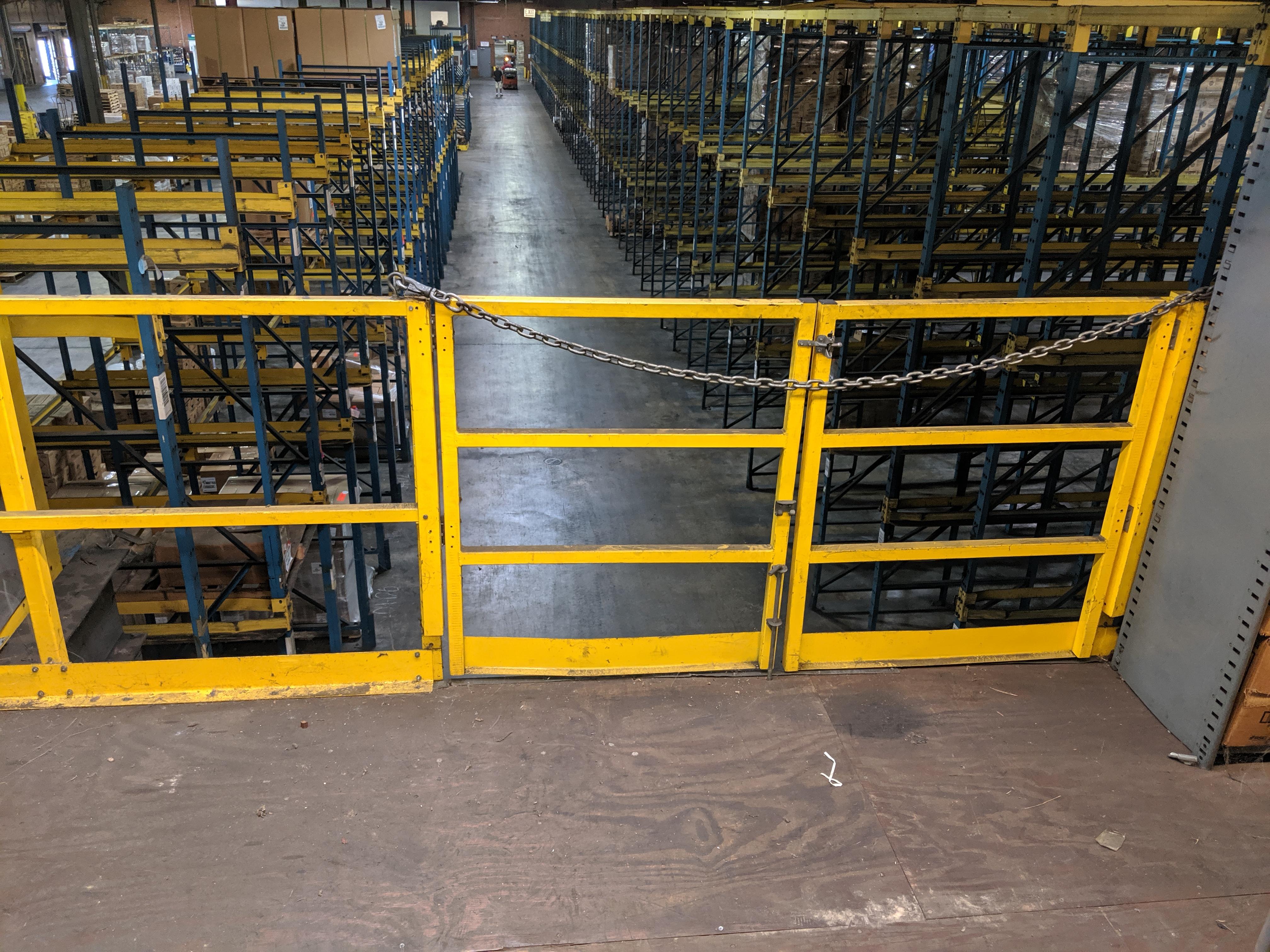 Parts shelving units - Image 8 of 9