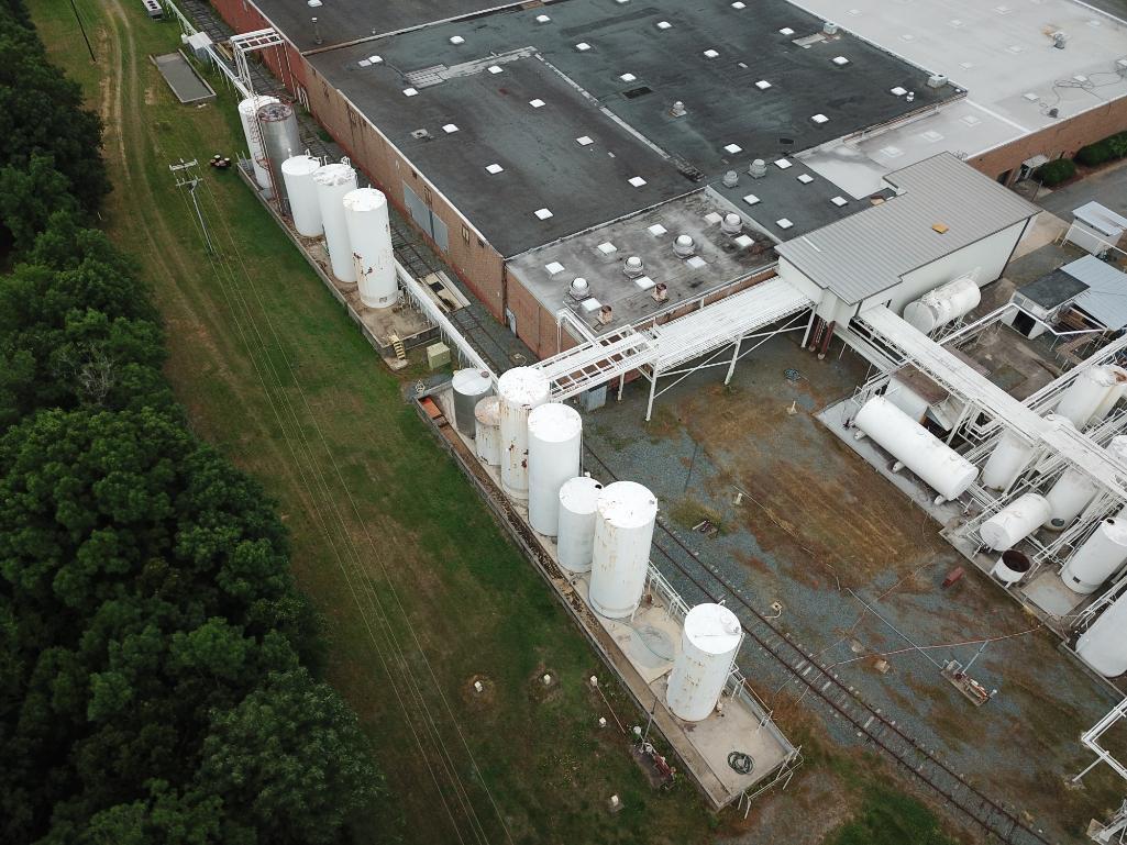 Tank farm section 15k - 30k gallon vertical tanks
